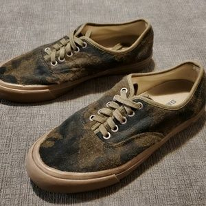 SEAVEE- Wool Camo Sneakers